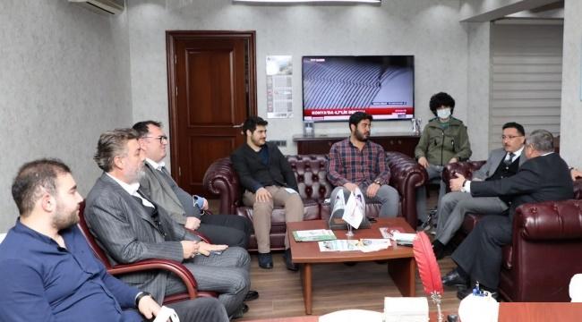 Vali Çiçek, Tınaztepe Şirketler Grubunu ziyaret etti