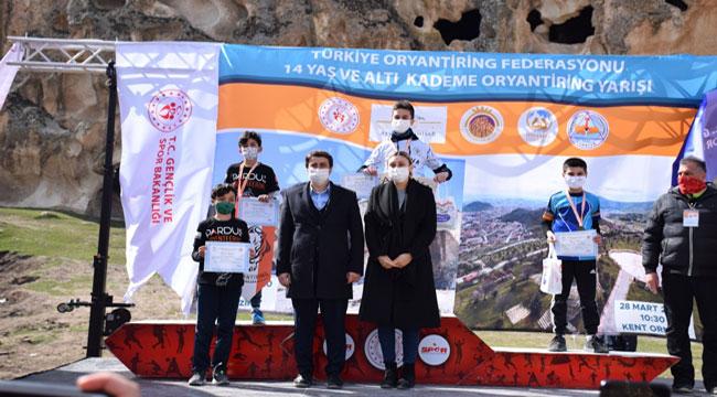 Afyon'da 14 Yaş Altı Oryantiring Türkiye Kademe Yarışı yapıldı