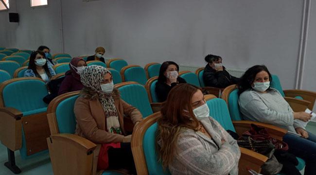 Afyon'da sağlık çalışanlarına anne sütü ve emzirme eğitimi