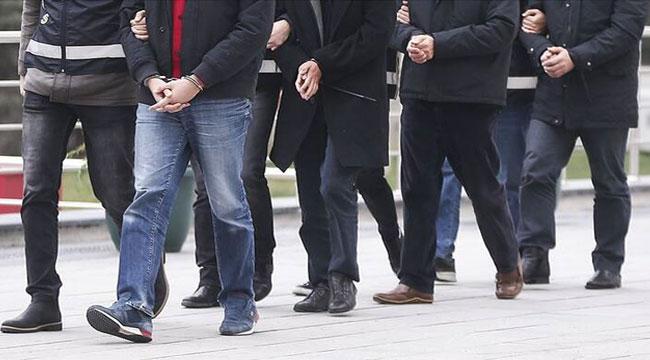 Afyon'da yakalanan 12 firari hükümlü zanlı cezaevine teslim edildi
