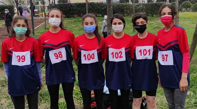 Atletizmde Afyonlu sporcularımız Bandırma'dan 4 derece ile döndüler