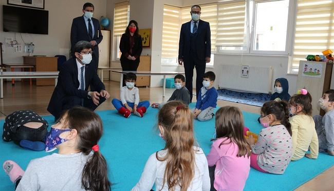 Afyonkarahisar İl Milli Eğitim Müdürü Metin YALÇIN Dinar'ı Ziyaret Etti...