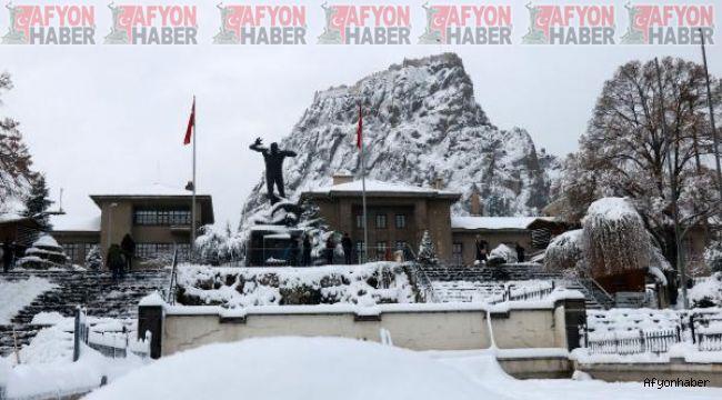 Afyon'da hava durumu, kış geri geliyor!..