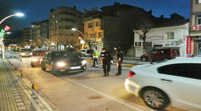 Sandıklı'da polis ekiplerinden trafik denetimi