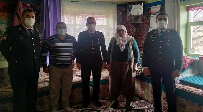 Şehit ailelerine vefa ziyaretleri | Foto Galeri