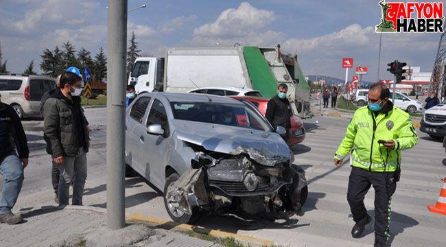 Afyon'da tır ile otomobil çarpıştı, şans eseri ölen ya da yaralanan olmadı