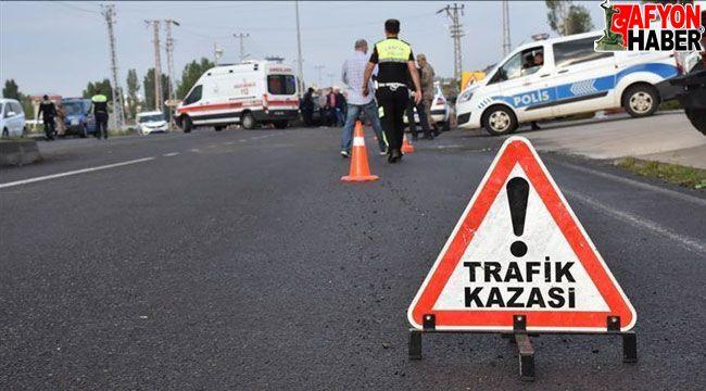 Afyon'da iki trafik kazasında 2 sürücü yaralandı