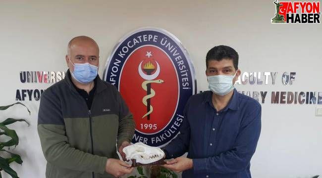 AKÜ Veteriner Fakültesi, 3 üniversiteyle birlikte ortak proje geliştirdi