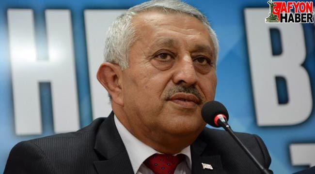 Başkan Zeybek'ten büfe kapatma iddialarına yanıt