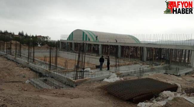 Emirdağ'da olimpik yüzme havuzu inşaatında sona geliniyor!..