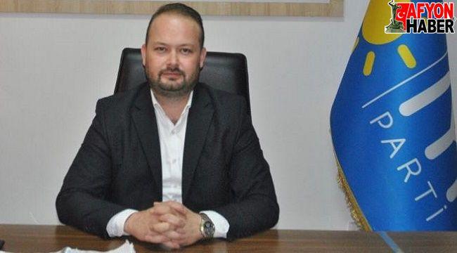 İYİ Parti'den Başkan Zeybek'e çağrı