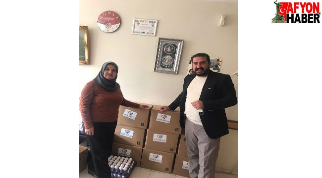 Kadir Uysal, Gönül Dostları Yardımlaşma Dayanışma Derneğini ziyaret etti