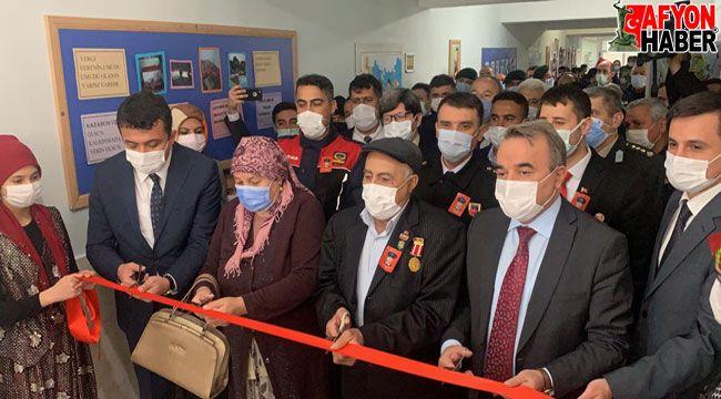 Bolvadin'de Şehit Abdülkadir Kocatürk adına kütüphane açıldı