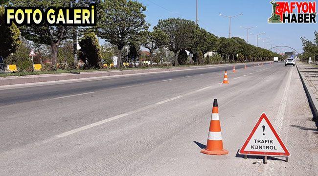 Tam kapanma sonrası trafik denetimleri sürüyor