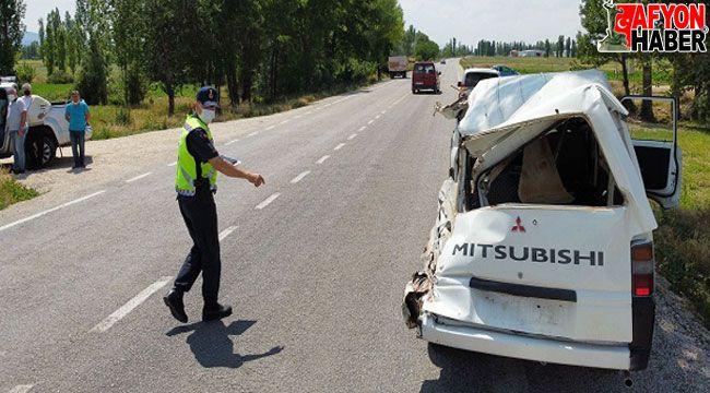 Kaza sonrası, caddeye yayılan kan, paniğe neden oldu