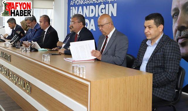 AK Parti basın toplantısında flaş açıklamalar!..