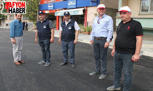 Çay'da asfalt çalışmaları sürüyor