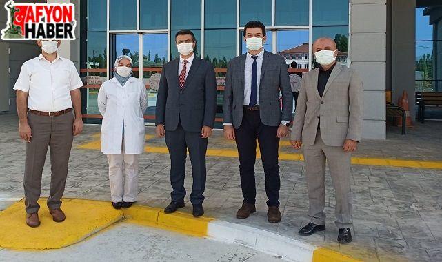Dr.Serhat Korkmaz, Sinanpaşa Devlet Hastanesi'ni ziyaret etti