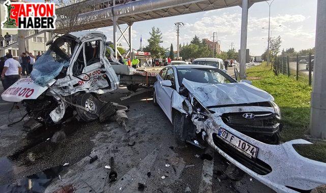 Tırın 6 aracı biçtiği kazada yaralılardan biri hayatını kaybetti
