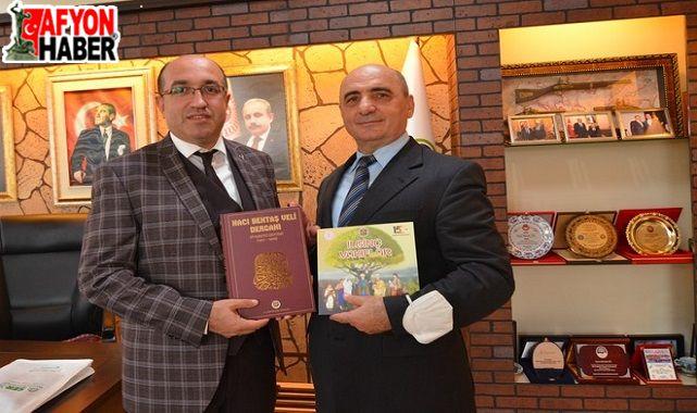Kütahya Vakıflar Bölge Müdürlüğünden Başkan Çöl'e Ziyaret