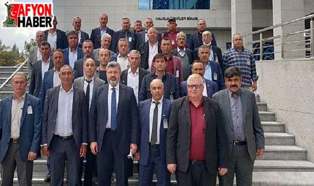 Milletvekili Özkaya, Afyonlu muhtarları Meclis'te ağırladı