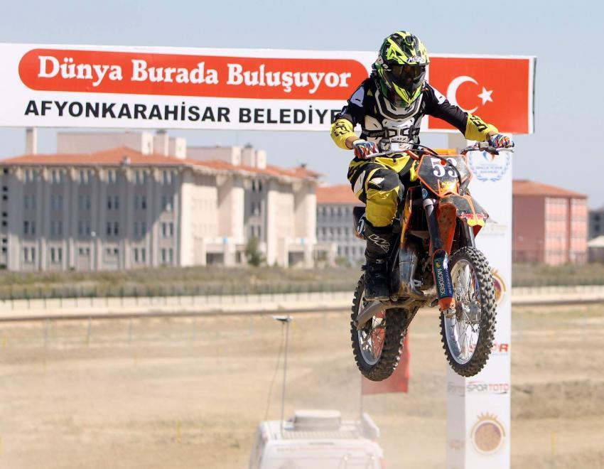 AFYON'DA DÜNYA MOTOKROS ŞAMPİYONASI HAZIRLIKLARI SÜRÜYOR
