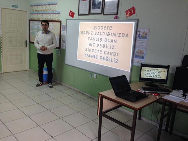 """DİNAR YUNUS EMRE İLKOKULUNDA """"OKULUMDA GÜVENDEYİM PROJESİ"""" SEMİNERİ"""