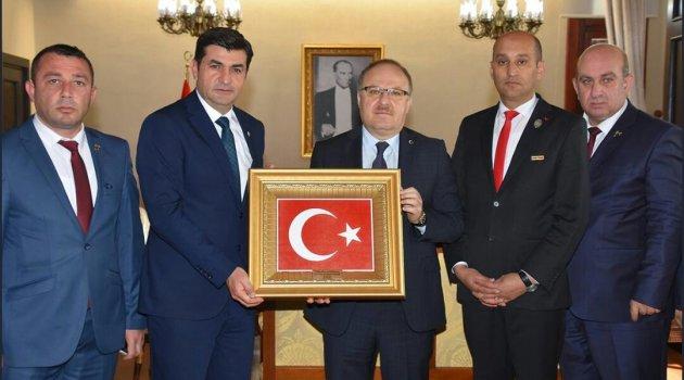 Genel Başkan Işık'ın ilk ziyareti Afyonkarahisar'a