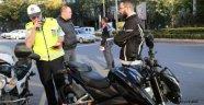 "AFYON'DA MOTORSİKLETLERE ""SON SÜRAT"" UYGULAMASI"